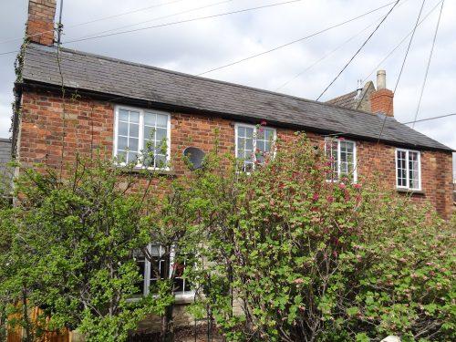 Cottage for sale Northampton